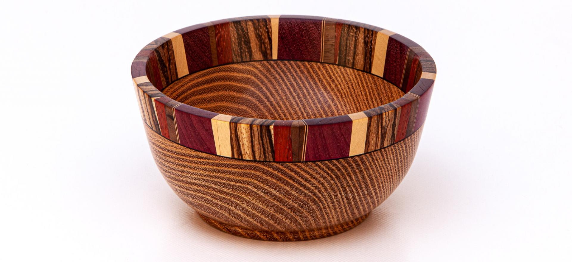 butterwood-bowl-cedar-segmented-rim-16cm